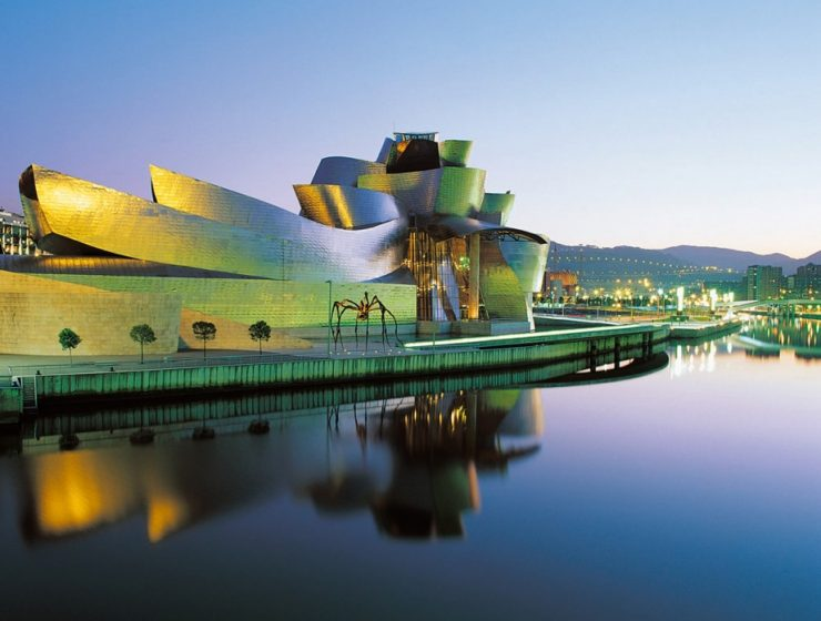 Guggenheim Bilbao museums Meet The 5 Imposing Guggenheim Museums of the World Guggenheim e1339584769719 740x560
