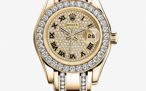 """Rolex has unveiled several new pieces at Baselworld 2013. Among the news Rolex watches are a new Yacht-Master II or a new Day-Date in various colors. ""  Rolex new watches: Baselworld 2013 Lady Datejust Pearlmaster 480x300"