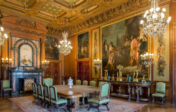 amazing-dining-room-with-Renaissance-interior-design-with ...