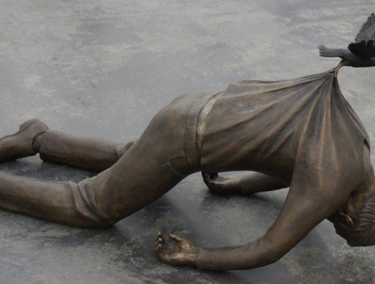 bronze sculptures Hacienda Paradise: Bronze Sculptures by Fredrik Raddum cover 7 740x560