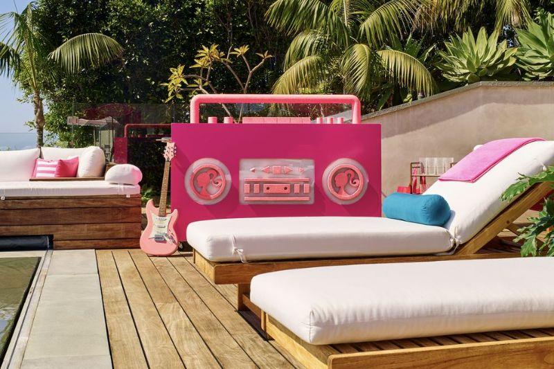 A Dreamy Barbie Home Design In The Heart Of Malibu home design A Dreamy Barbie Home Design In The Heart Of Malibu A Dreamy Barbie Home In The Heart Of Malibu 16