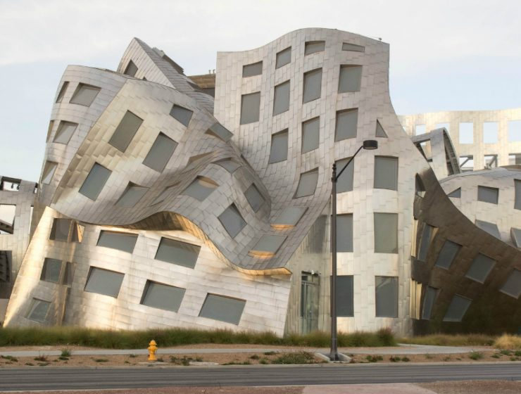 frank gehry The 15 Most Spectacular Architecture Art by Frank Gehry The 15 Most Spectacular Architecture by FrankGehry feature 740x560