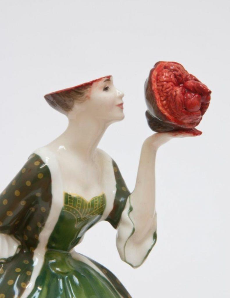 Unraveling Jessica Harrison's Bizarre Porcelain Art porcelain art Unraveling Jessica Harrison's Bizarre Creations – Bloody Porcelain Art Unraveling Jessica Harrisons Porcelain 8 791x1024