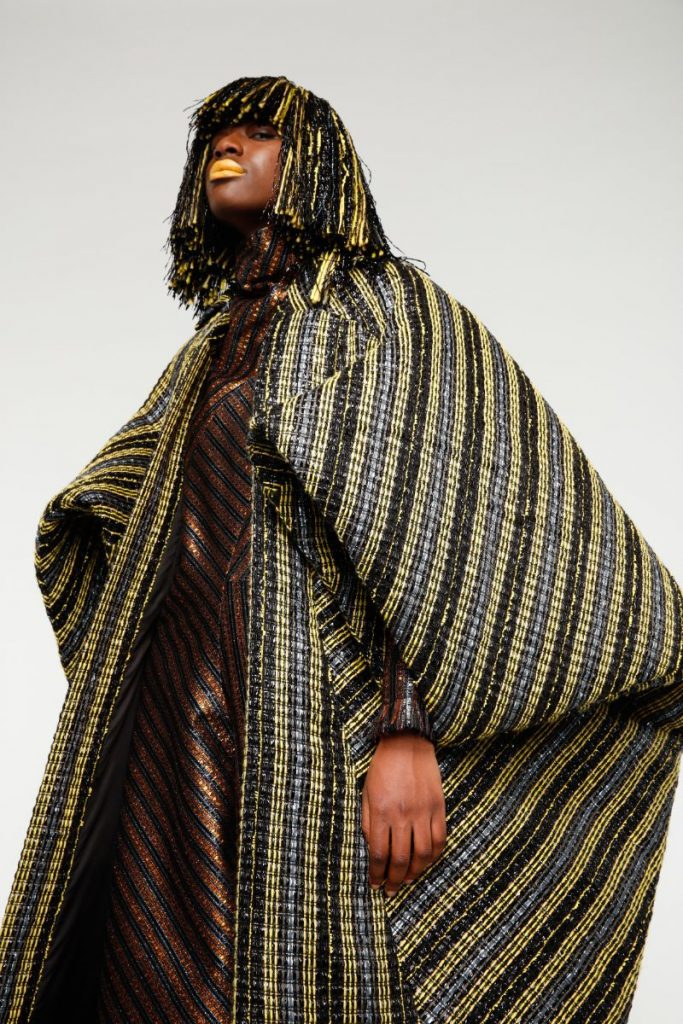 Fashion Design Enhances Powerful Silhouettes Using Recycled Materials fashion design Fashion Design Enhances Powerful Silhouettes Using Recycled Materials Fashion Enhances Powerful Silhouettes Using Recycled Materials 2 683x1024