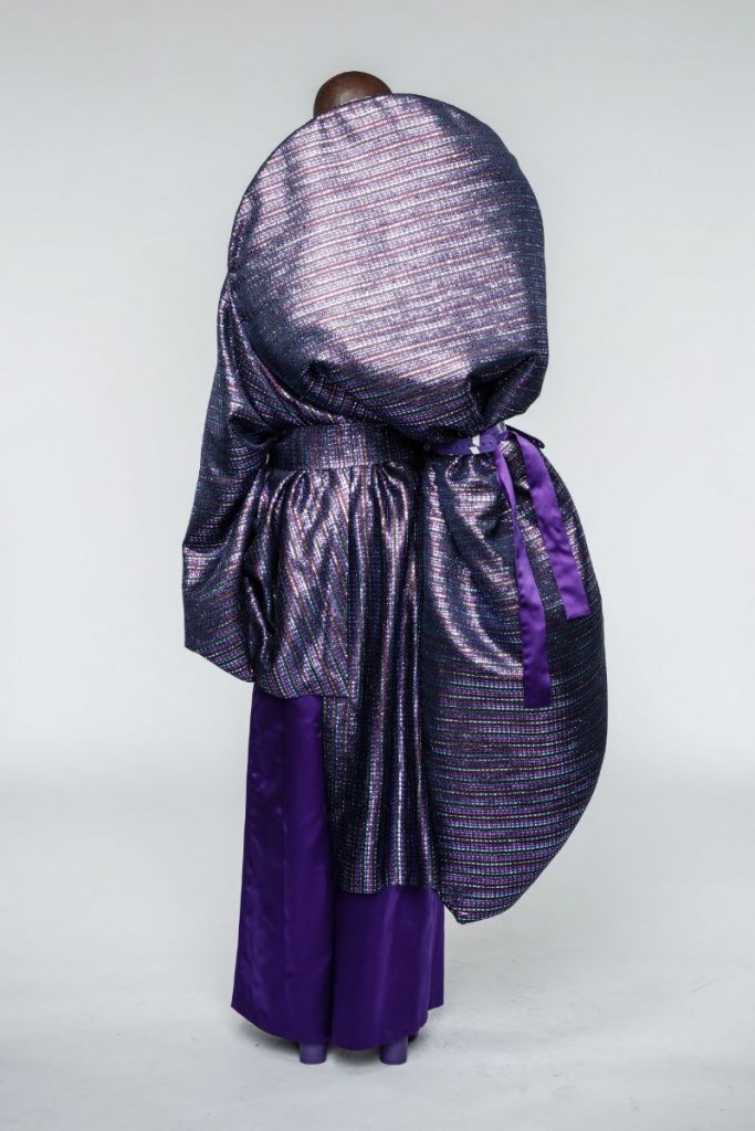 Fashion Design Enhances Powerful Silhouettes Using Recycled Materials fashion design Fashion Design Enhances Powerful Silhouettes Using Recycled Materials Fashion Enhances Powerful Silhouettes Using Recycled Materials 5 683x1024