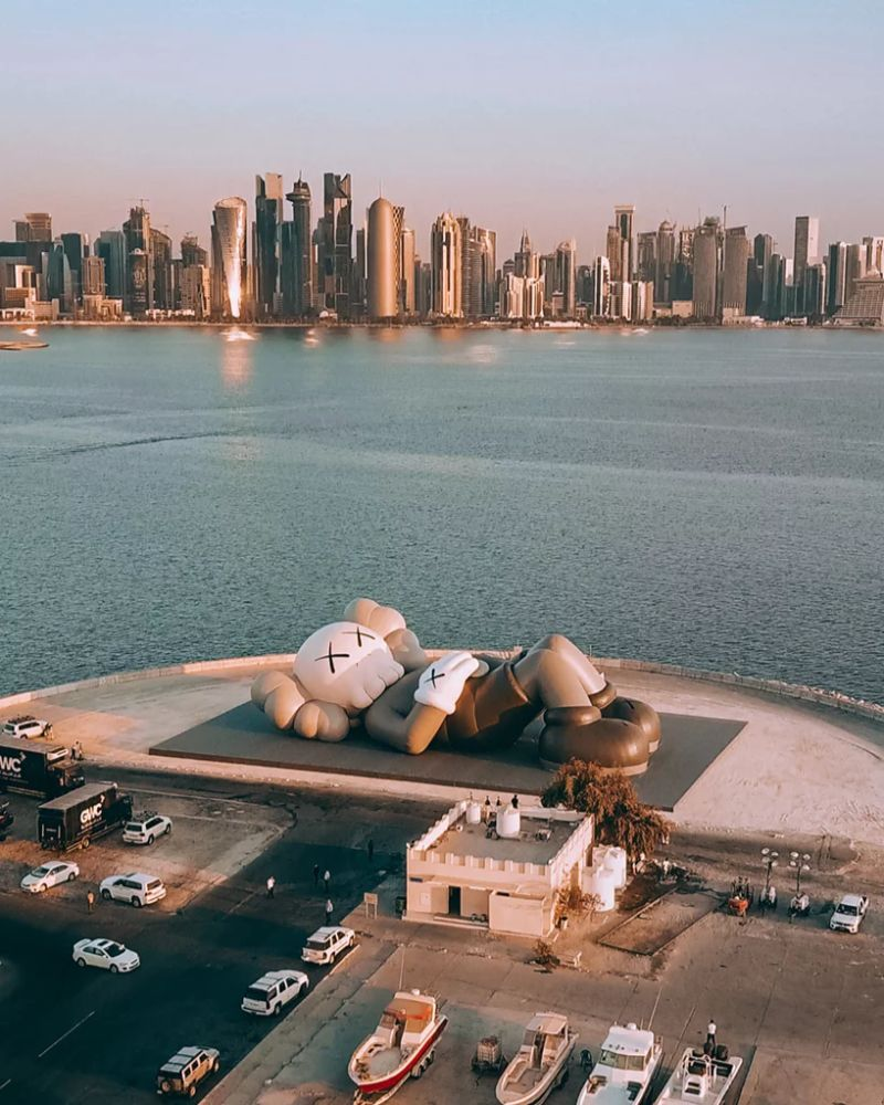 KAWS Debuts Art Sculpture That Overlooks Doha's Skyline art sculpture KAWS Debuts Art Sculpture That Overlooks Doha's Skyline KAWS Debuts Sculpture That Overlooks Dohas Skyline 10