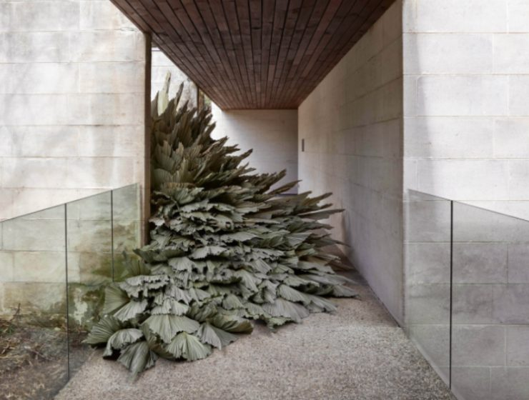 modern art A Botanical Modern Art Intervention Inside of An Iconic Building A Botanical Art Intervention Inside of An Iconic Building feature 740x560