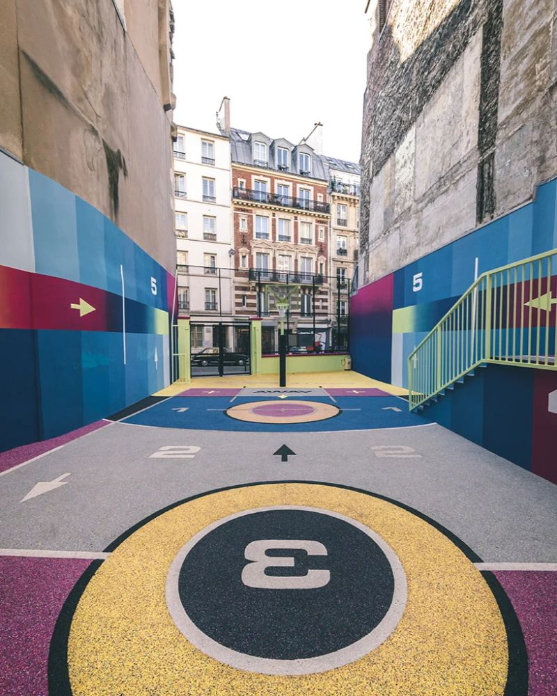Modern Art Around Paris - The Famous Pigalle Basketball Gets Renovated modern art Modern Art Around Paris – The Famous Pigalle Basketball Gets Renovated Art Around Paris The Famous Pigalle Basketball Gets Renovated 7