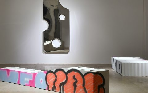 virgil abloh Virgil Abloh Brings To Galerie Kreo A Graffiti-Sprayed Art Furniture feature 8 480x300