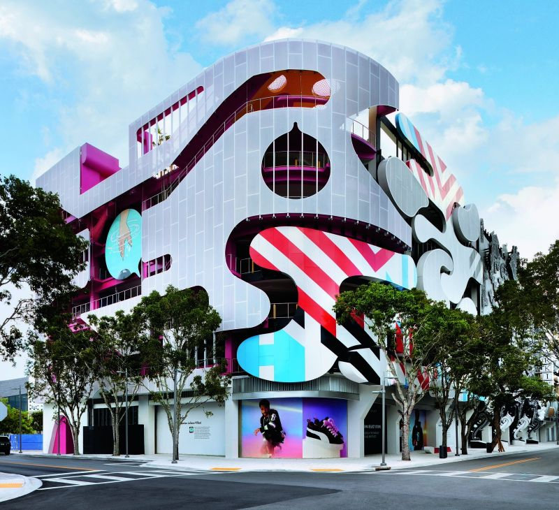 Buildings With A Bang! Postmodern Architecture That'll Blow Your Mind postmodern architecture Exploring Creative Postmodern Architecture All Around The World Buildings With A Bang Architecture Thatll Blow Your Mind 8
