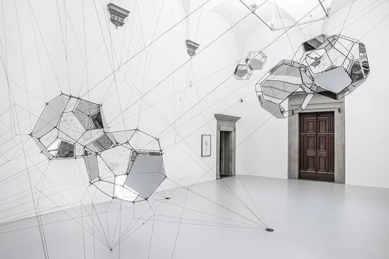 A Bubbly Art Exhibition by Tomás Saraceno art exhibition A Bubbly Art Exhibition by Tomás Saraceno A Bubbly Exhibition by Tom  s Saraceno 7