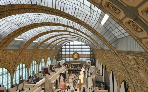 famous museums Famous Museums Offer Virtual Tours You Can Take on Your Couch feature 47 480x300
