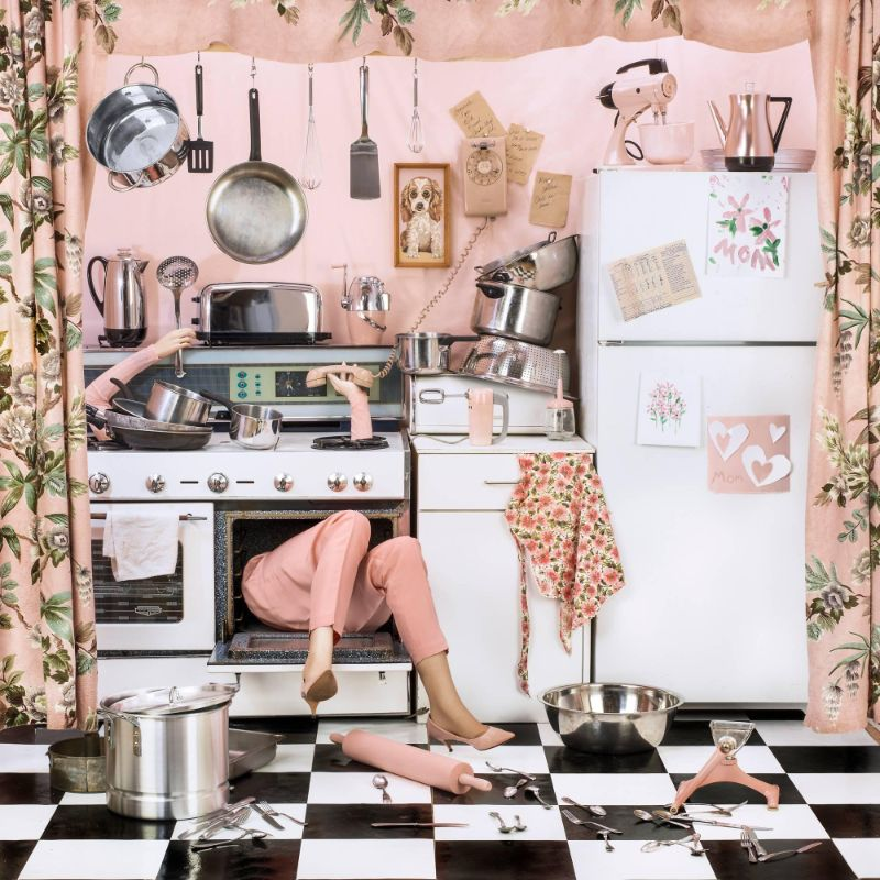 A Satirical Series: Domestic Perfectionism On Art Photography art photograhy A Satirical Series: Domestic Perfectionism On Art Photography A Satirical Series Domestic Perfectionism On Art Photography feature 1