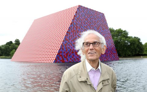 christo Christo, A Famous Artist That Leaves The World Of Design Mourning Christo A Famous Artist That Leaves The World Of Design Mourning 480x300