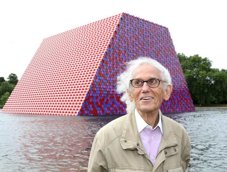 christo Christo, A Famous Artist That Leaves The World Of Design Mourning Christo A Famous Artist That Leaves The World Of Design Mourning 740x560 homepage Homepage Christo A Famous Artist That Leaves The World Of Design Mourning 740x560