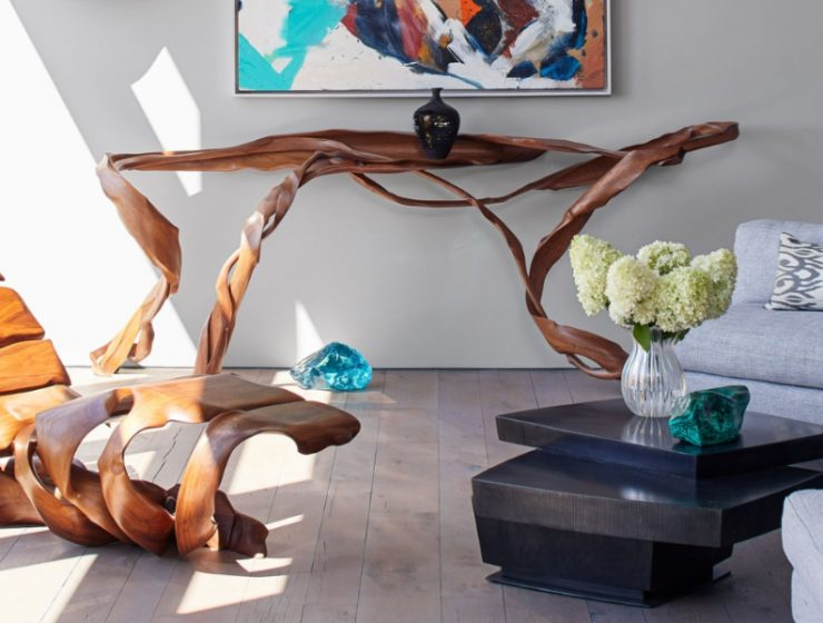 luxury home Todd Merrill's Luxury Home Is Every Design Collector's Dream Todd Merrill Puts Treasures To The Test At His Own Luxury Home in NYC feature image 1 740x560 homepage Homepage Todd Merrill Puts Treasures To The Test At His Own Luxury Home in NYC feature image 1 740x560