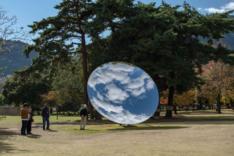 5 Art Sculpture Works By Anish Kapoor That Left A Mark In Design anish kapoor 5 Art Sculpture Works By Anish Kapoor That Left A Mark In Design 5 Art Sculpture Works By Anish Kapoor That Left A Mark In Design 8