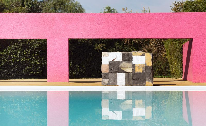 Modern Art By The Poolside: Colorful Summer Ideas To Get Refreshed modern art Dive Into Modern Art By The Pool: Summer Ideas To Get You Refreshed Modern Art By The Poolside Colorful Summer Ideas To Get Refreshed 6