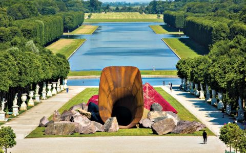 anish kapoor 5 Art Sculpture Works By Anish Kapoor That Left A Mark In Design feature image 51 480x300