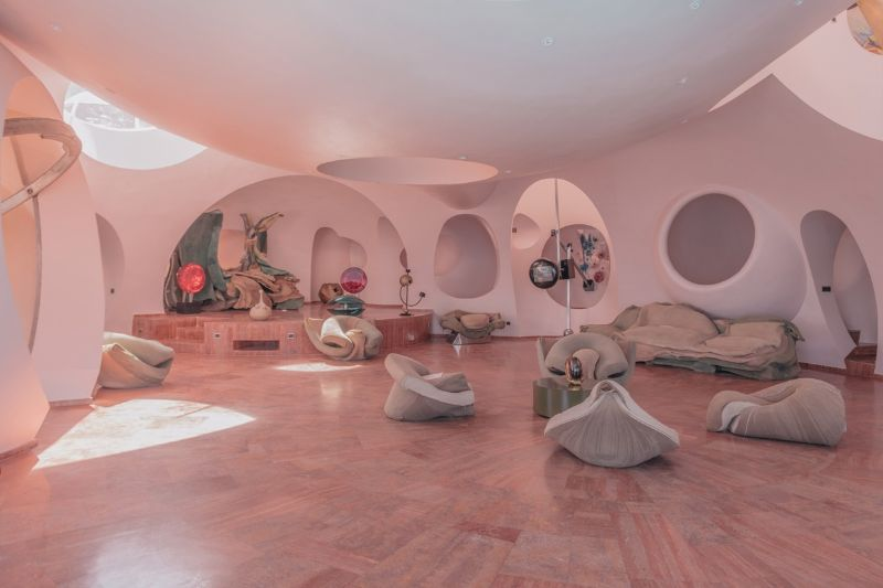 "2020's Nomad Exhibition: Inside An Unpredictable Architecture Place nomad exhibitions Nomad Exhibitions' ""Bubble Palace"", An Architectural Masterpiece In Théoule-Sur-Mer 2020s Nomad Exhibition Inside An Unpredictable Architecture Place 2"