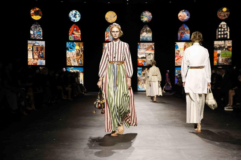 Collages Meet Stained Glass In Dior's Runway: References To Fine Art dior Dior 2021's Collection Uses Contemporary Collage Art As Its Backdrop Collages Meet Stained Glass In Diors Runway References To Fine Art 10