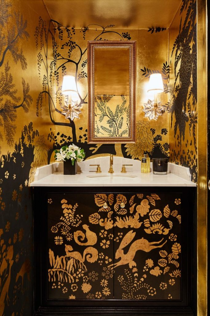 De Gournay's Hand-Painted Wallpapers Are Inexplicably Enchanting de gournay De Gournay's Hand-Painted Wallpapers Are Inexplicably Enchanting De Gournays Hand Painted Wallpapers Are Inexplicably Enchanting 7 1 683x1024