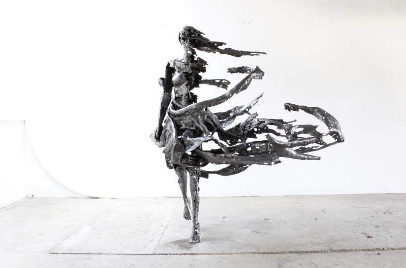 steel sculpture Regardt Van Der Meulen's Steel Sculptures Adorn Fragmented Garments IMG 1 1