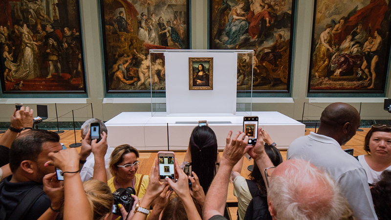 Louvre Entire World-Famous Art Collection Is Now Available Online louvre Louvre' Entire World-Famous Art Collection Is Now Available Online MonaLisa mika baumeister 1