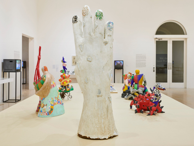 Niki De Saint Phalle's New Art Exhibition Takes Art Out Of The Museum art exhibition Niki De Saint Phalle's Still Takes Art Out Of The Museum StructuresForLife Feature 1