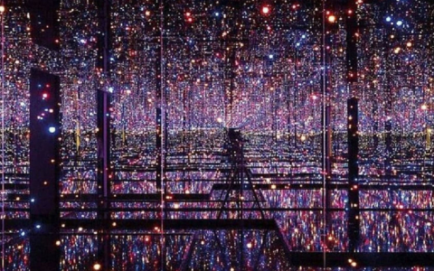 A First Look Inside Yayoi Kusama's Infinity Mirror Rooms At Tate Modern